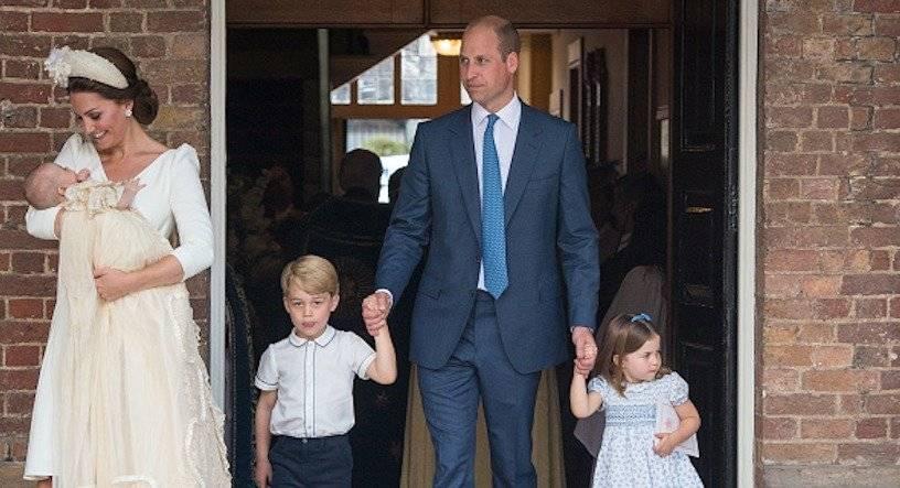 William y Kate junto con sus hijos