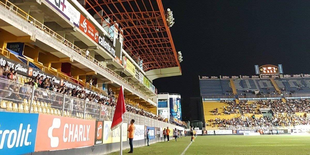 Falla luz en el estadio de Dorados