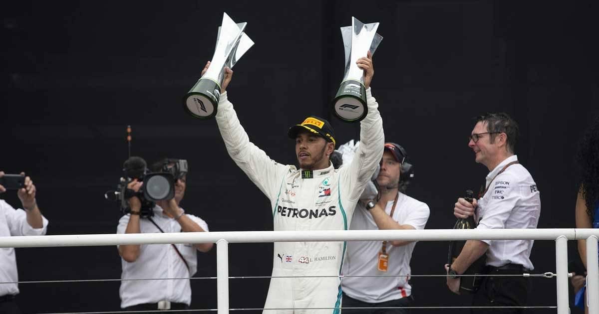 Lewis Hamilton comemora a vitória no GP do Brasil Foto: André Porto / Metro Jornal