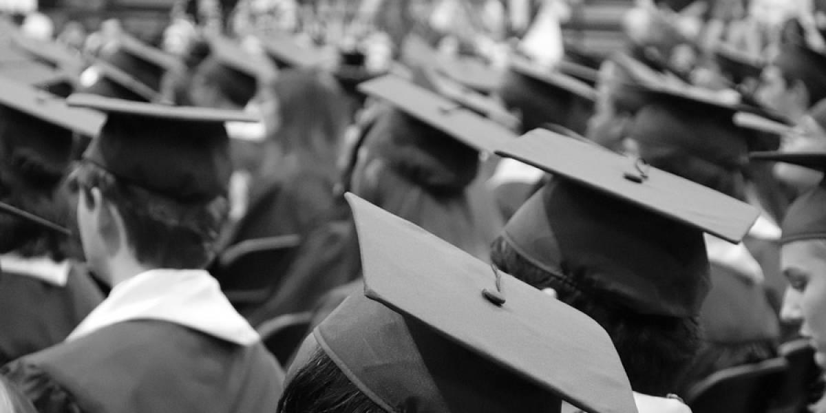 ¿Qué pasaría si el salario dependiera del nivel escolar?