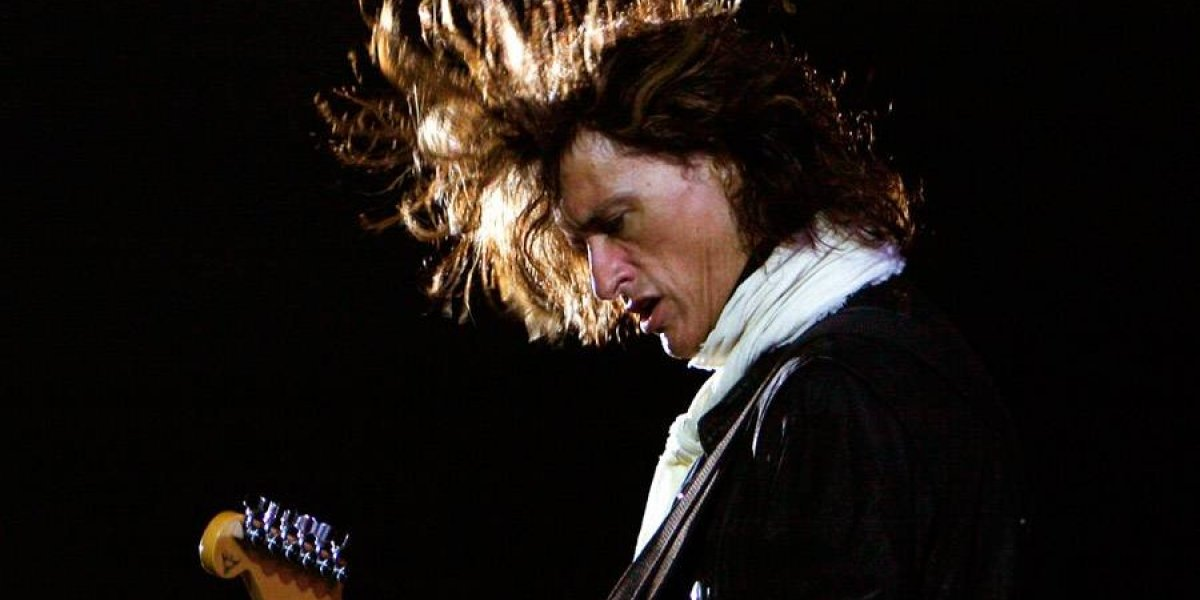 Hospitalizan a Joe Perry, guitarrista de Aerosmith