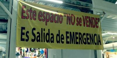 Salidas de emergencia fueron vendidas, acusan locatarios