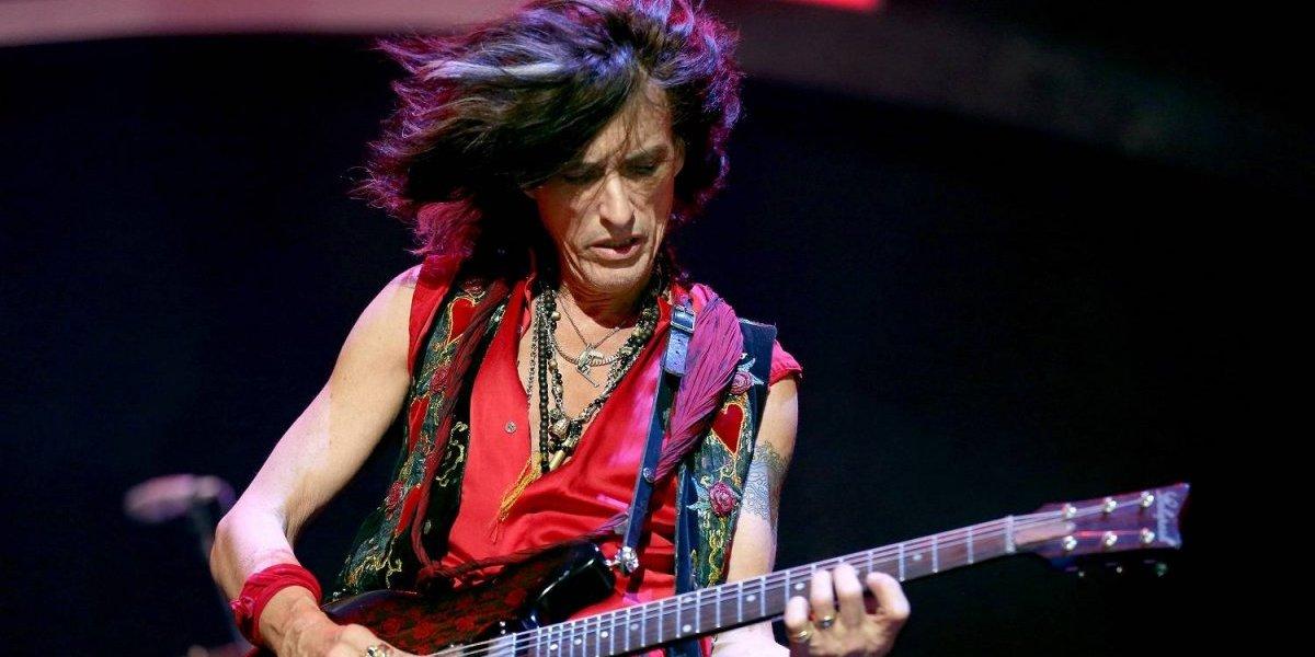 Internan a guitarrista de Aerosmith en hospital