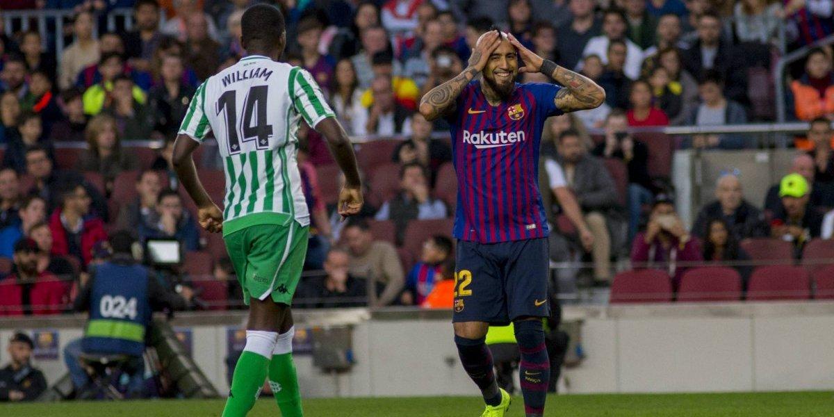 Arturo Vidal entró desde la banca para sumar su segundo gol y una asistencia en Barcelona