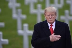 Donald Trump en el cementerio de Suresnes