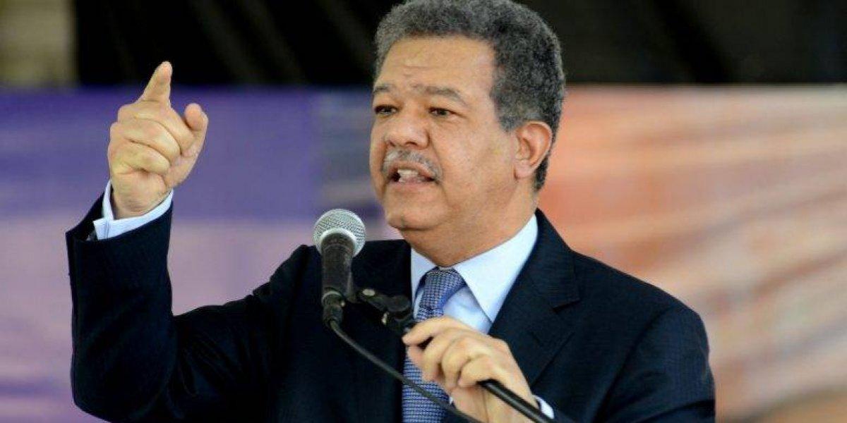 Fernández destaca avances para alcanzar dos millones de firmas en su apoyo