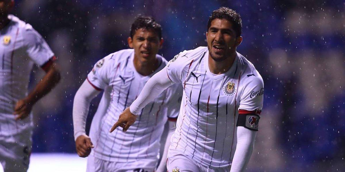 Jair Pereira confiesa que le dolería salir de Chivas