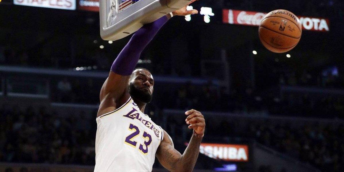 Tiro de LeBron lleva a los Lakers a otra victoria