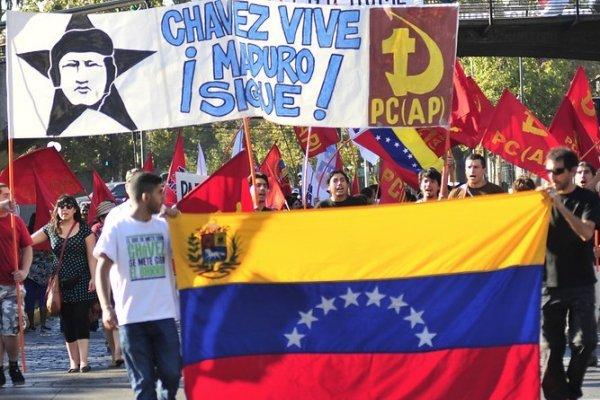 Venezolanos explican por qué regresaron al régimen de Nicolás Maduro