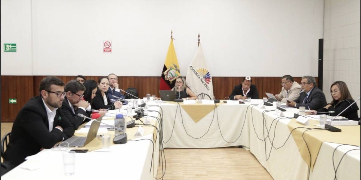 Comisión legislativa recomienda nueva investigación en caso Gabela