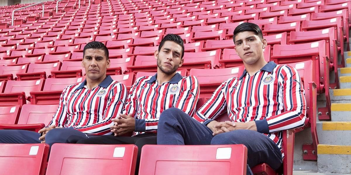 Chivas presenta uniforme para el Mundial de Clubes