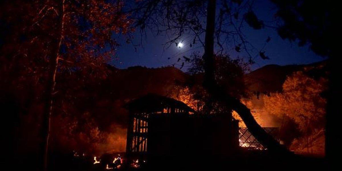 Las celebridades que han sido víctimas de los incendios en Malibú