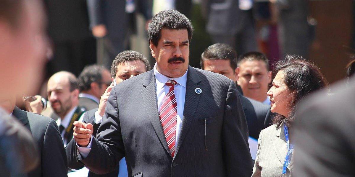 """La UDI y Maduro unidos...: Alcalde Delgado inicia gestiones con embajada de Venezuela por plan """"Vuelta a la Patria"""""""
