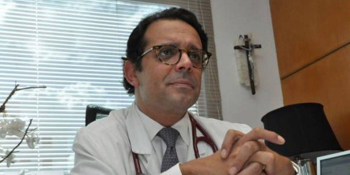 Investigan retención de médicos por turba haitiana