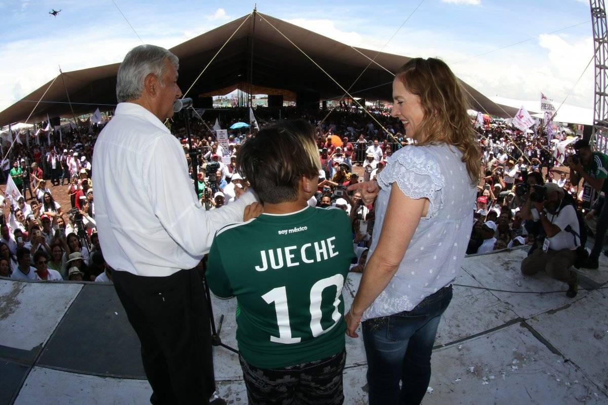 AMLO y su familia de visita en Ecatepec Foto: Cuartoscuro