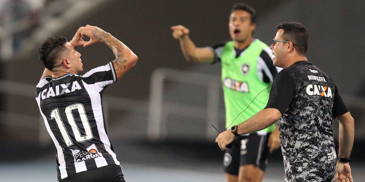 La gran jornada de Leo Valencia ante Flamengo fue premiada con la presencia en el equipo ideal