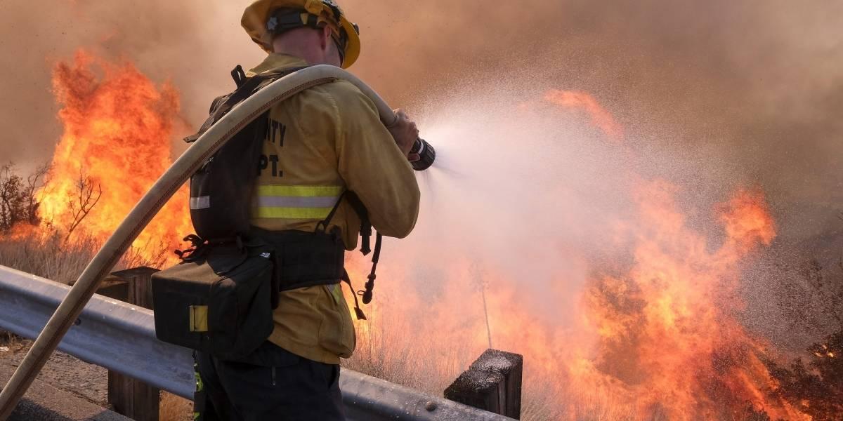 Sindicato asegura que la Junta aprobará fondos para contratación de bomberos