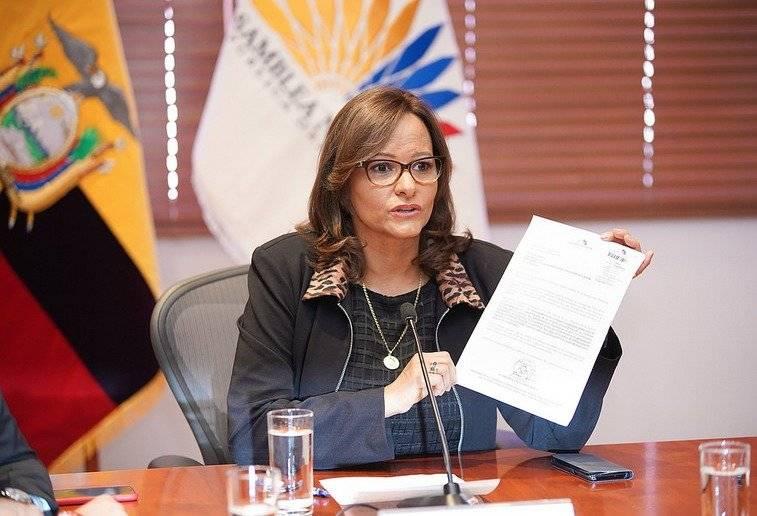 Elizabeth Cabezas sería carta de Alianza PAIS para terna para Vicepresidencia Asamblea Nacional