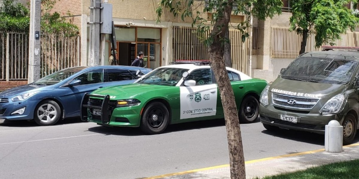 Presunto autor del tiroteo en Santiago Centro fue detenido: tiene 19 años y arma era de fogueo