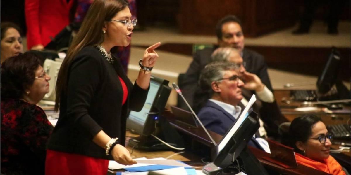 Sofía Espín y Norma Vallejo destapan nuevas denuncias tras destituciones