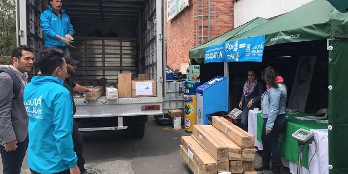 Bogotá organiza una 'Reciclatón' para sacar de los hogares residuos peligrosos