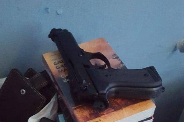 Arma de fogueo usada por joven era prácticamente nueva