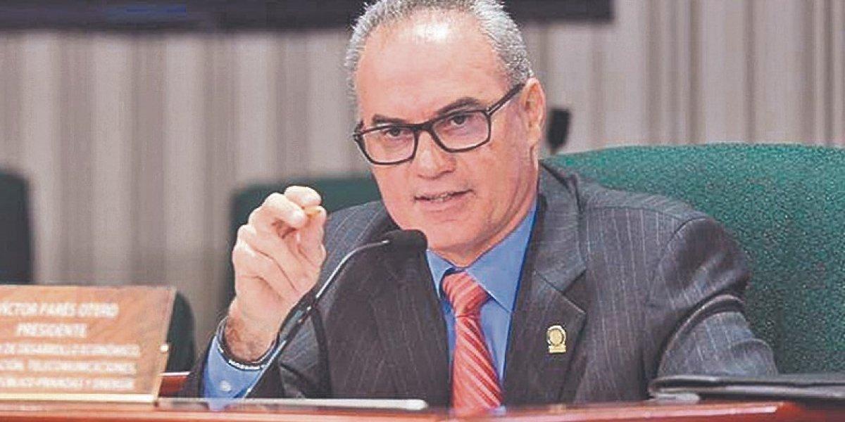Contra el reloj medida regulatoria sobre la AEE