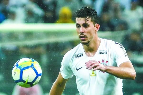 Danilo Avelar Corinthians