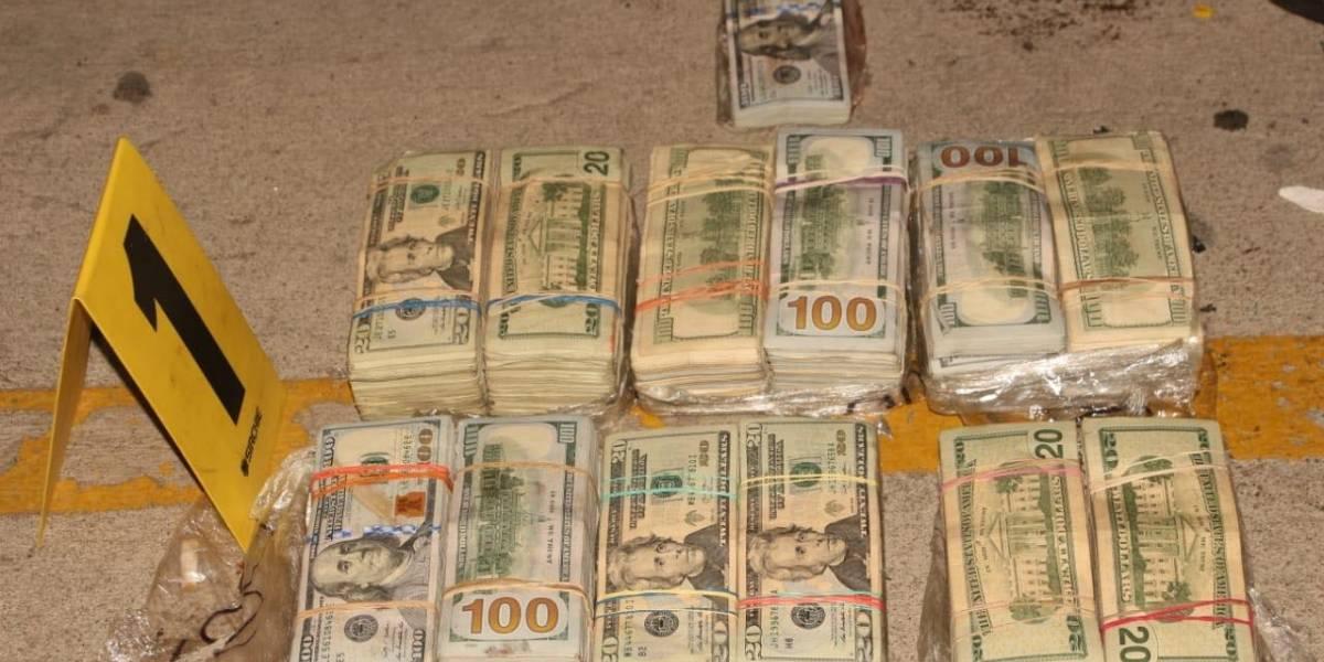 Tres hombres capturados con medio millón de dólares en Zacapa