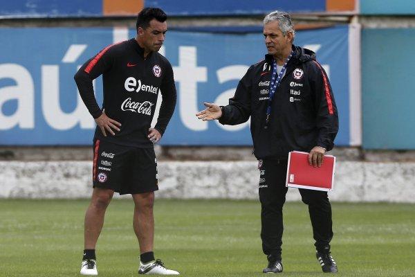 El delantero de Colo Colo sería titular ante Costa Rica / imagen: Agencia UNO