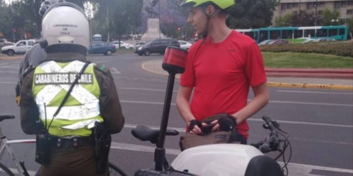 ¿Pueden multarlo por andar en bici sin chaleco reflectante? Los cabos sueltos que deja la Ley de Convivencia Vial