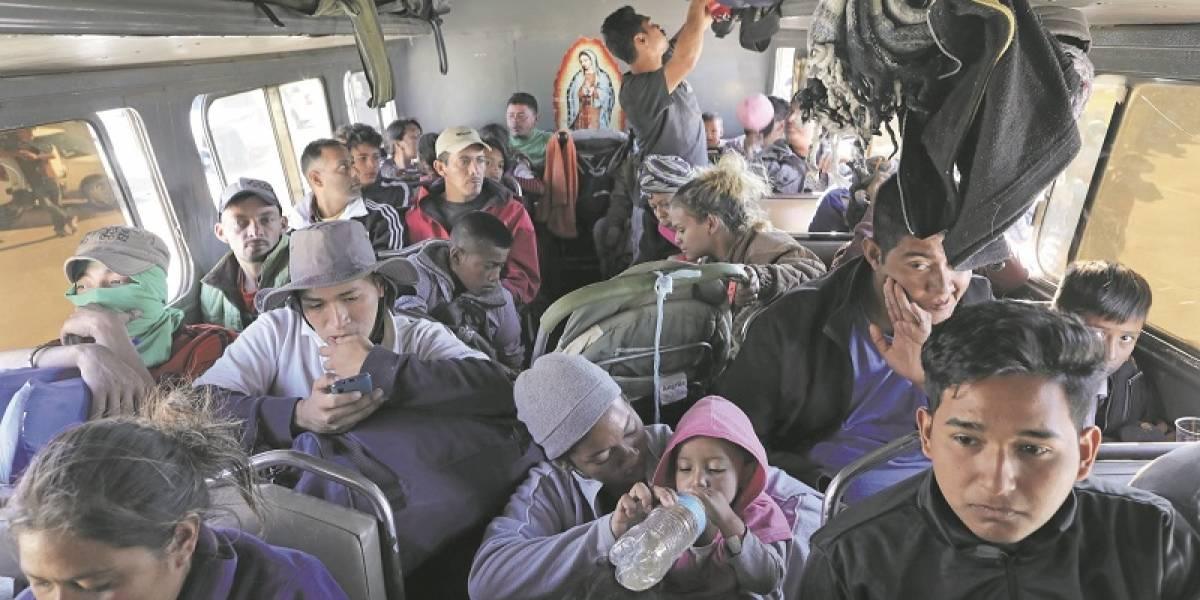 Parte de la caravana migrante llega a la frontera