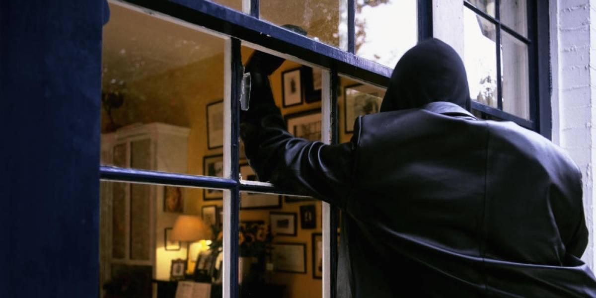 ¿Exagerados? Uno de cada cuatro chilenos preferiría que asaltaran su casa antes hackeen sus redes sociales