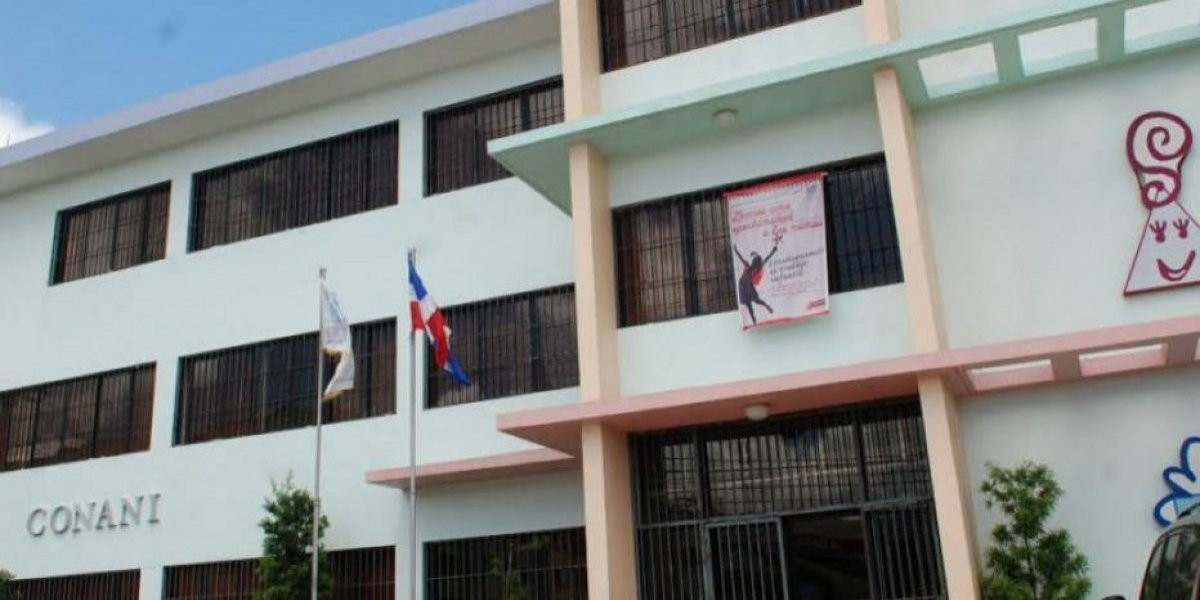 Rescatan a dos niñas en estado de abandono en La Vega