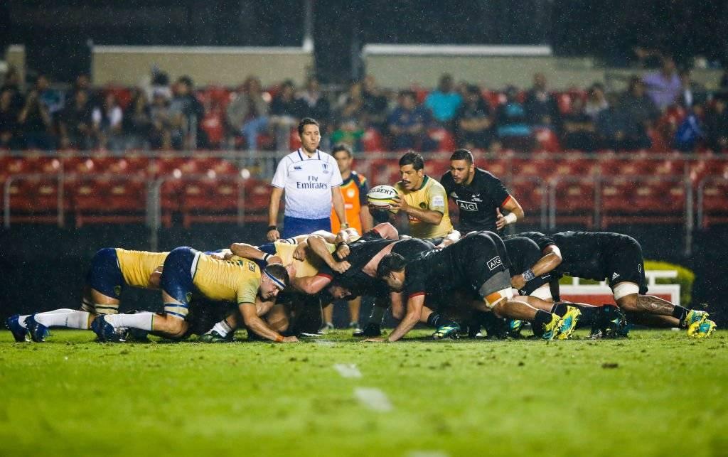 El scrum, la jugada que más puede dañar el campo de juego en un partido de rugby / Foto: Getty Images