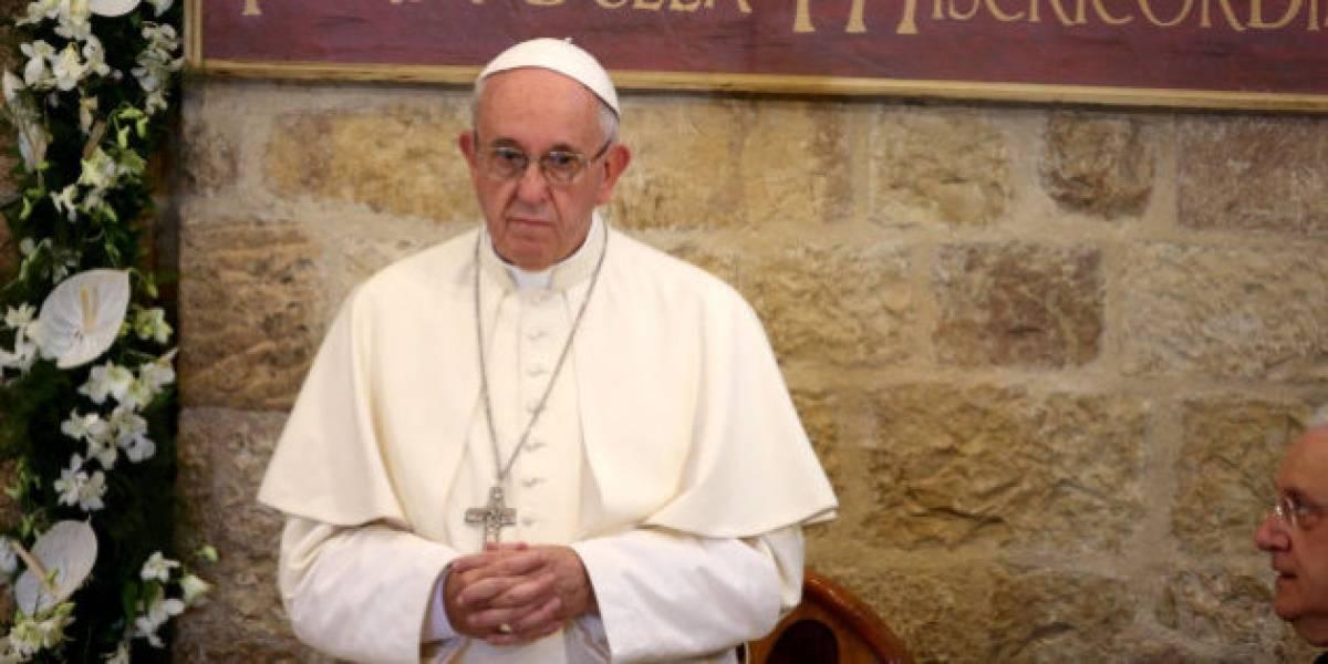 Papa Francisco pide a las personas que dejen de usar adjetivos