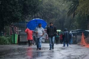 Frío y lluvias en la CDMX