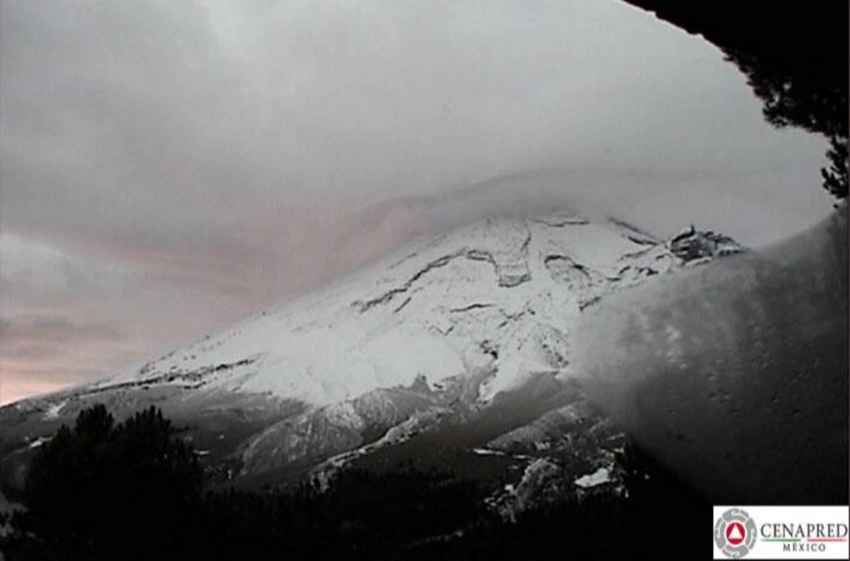 Así amaneció el Popocatépetl este 14 de noviembre