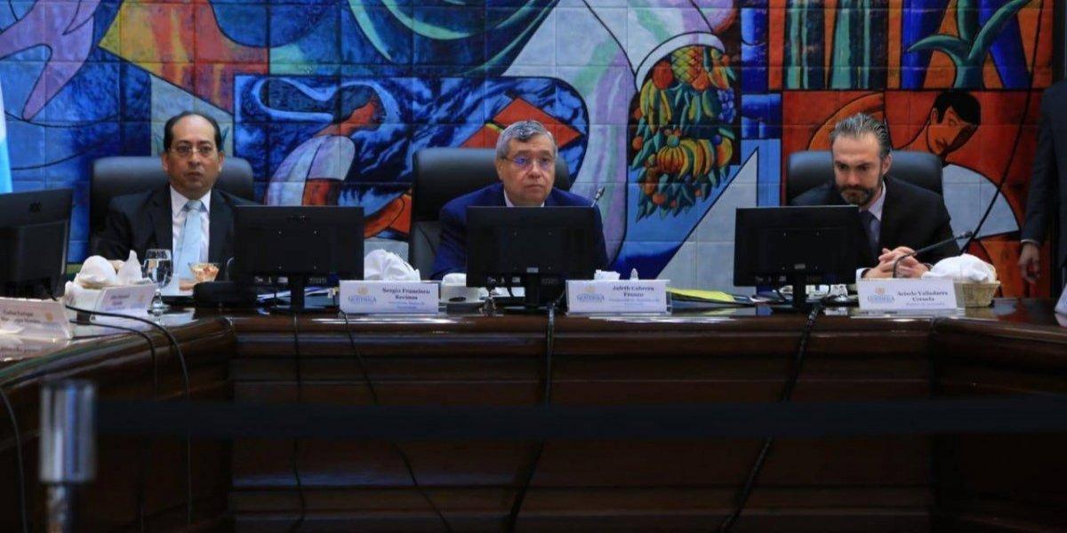 Vicepresidente se pronuncia sobre iniciativa para suprimir la Corte de Constitucionalidad