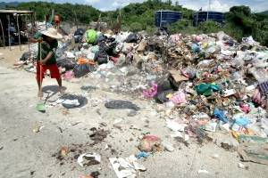 Multan a siete personas por tirar basura en Acapulco