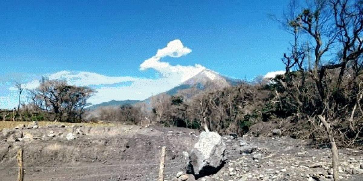Fuertes vientos levantan ceniza de los volcanes