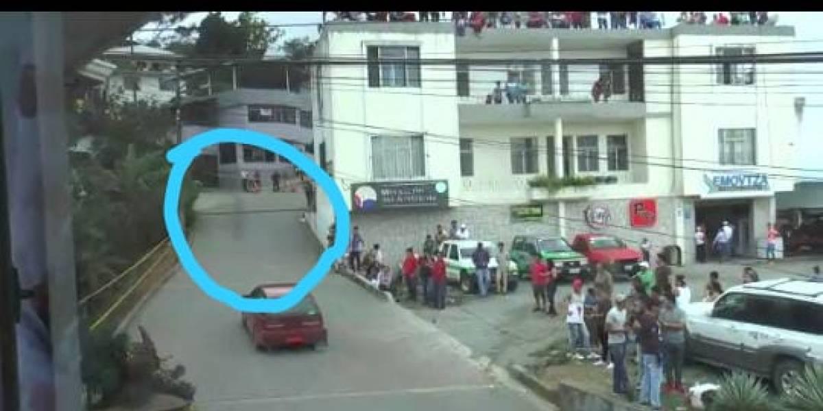 VIDEO: Supuesto espectro aparece en carrera de autos en Zaruma