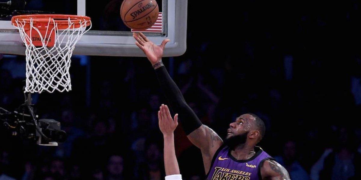 LeBron James se convierte en el quinto mejor anotador en la historia de la NBA