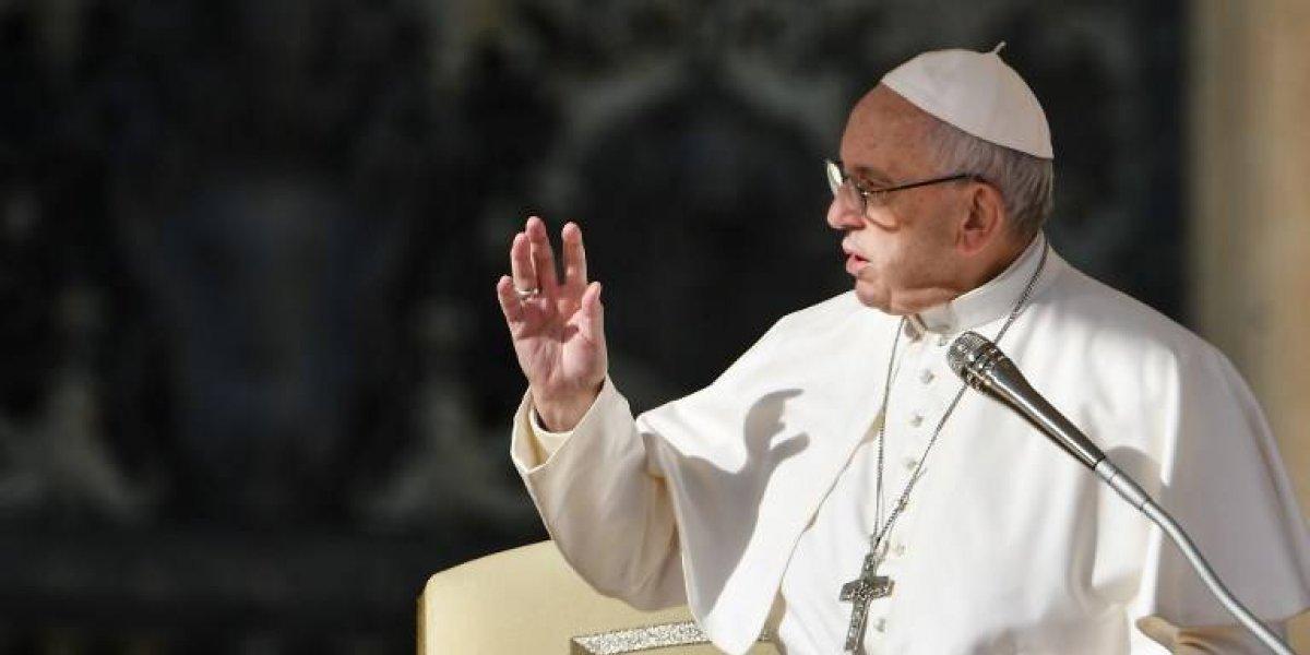"""Iglesia católica cambia el texto del """"Padre Nuestro"""" en italiano"""