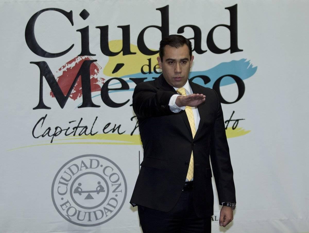 Jesus Orta Martínez fue Oficial Mayor Cortesía.