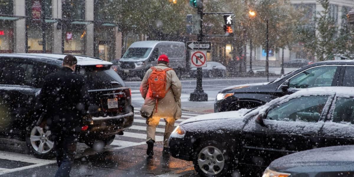 Tormenta de nieve en EEUU deja cinco muertos