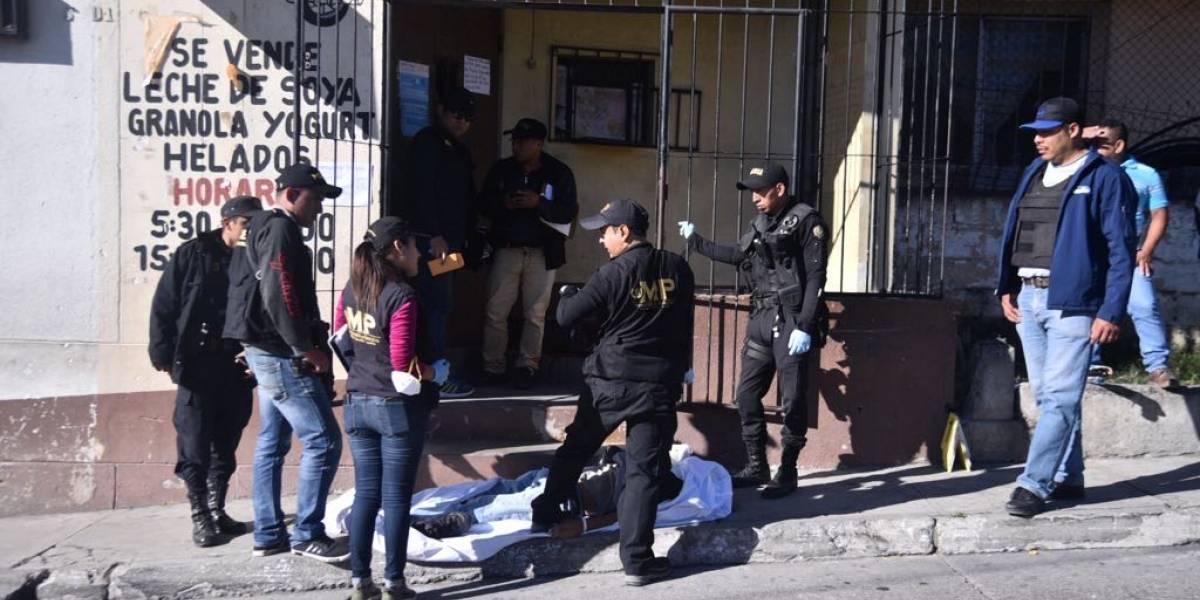Padre que iba a recoger el cuerpo de su hijo a la morgue es asesinado a tiros