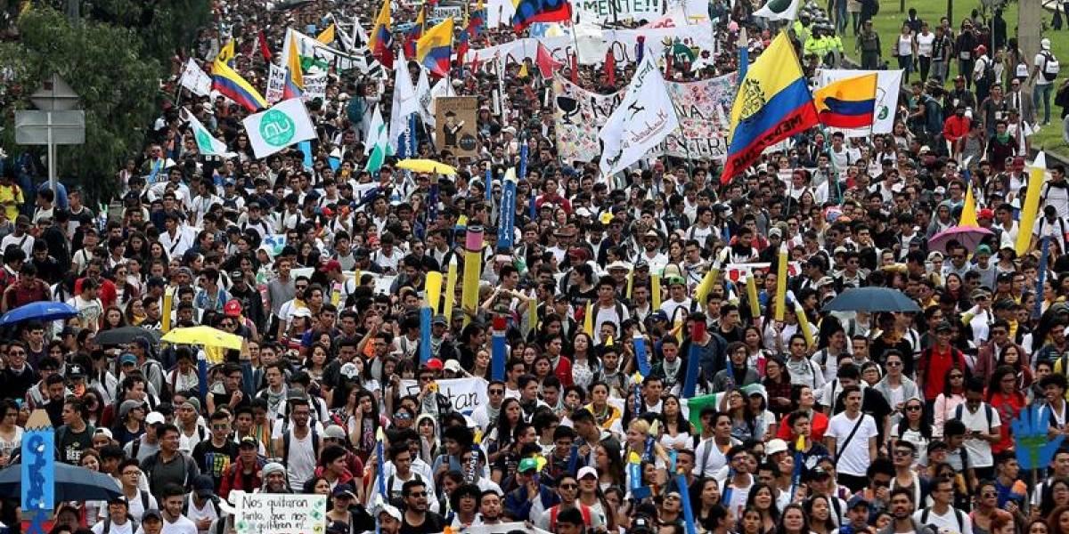 Periodista fue acosada mientras cubría las marchas estudiantiles de Medellín