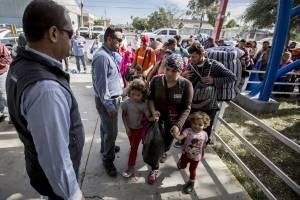 Instalan mesa interinstitucional para atender caravana migrante