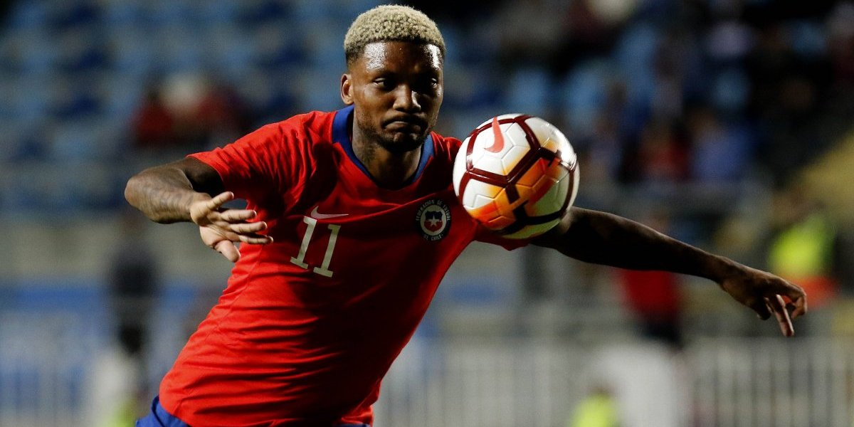 Junior Fernandes volvió a reprobar en la Roja y fue el más pifiado en Rancagua